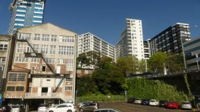 Auckland is not a particularly pretty city, very busy, loud and lacking any kind of nice architecture.