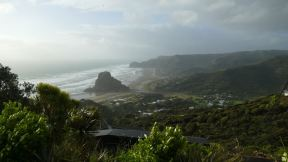 Piha, used to be a quite place, now its the weekend destination for stressed-out Aucklanders and tourists